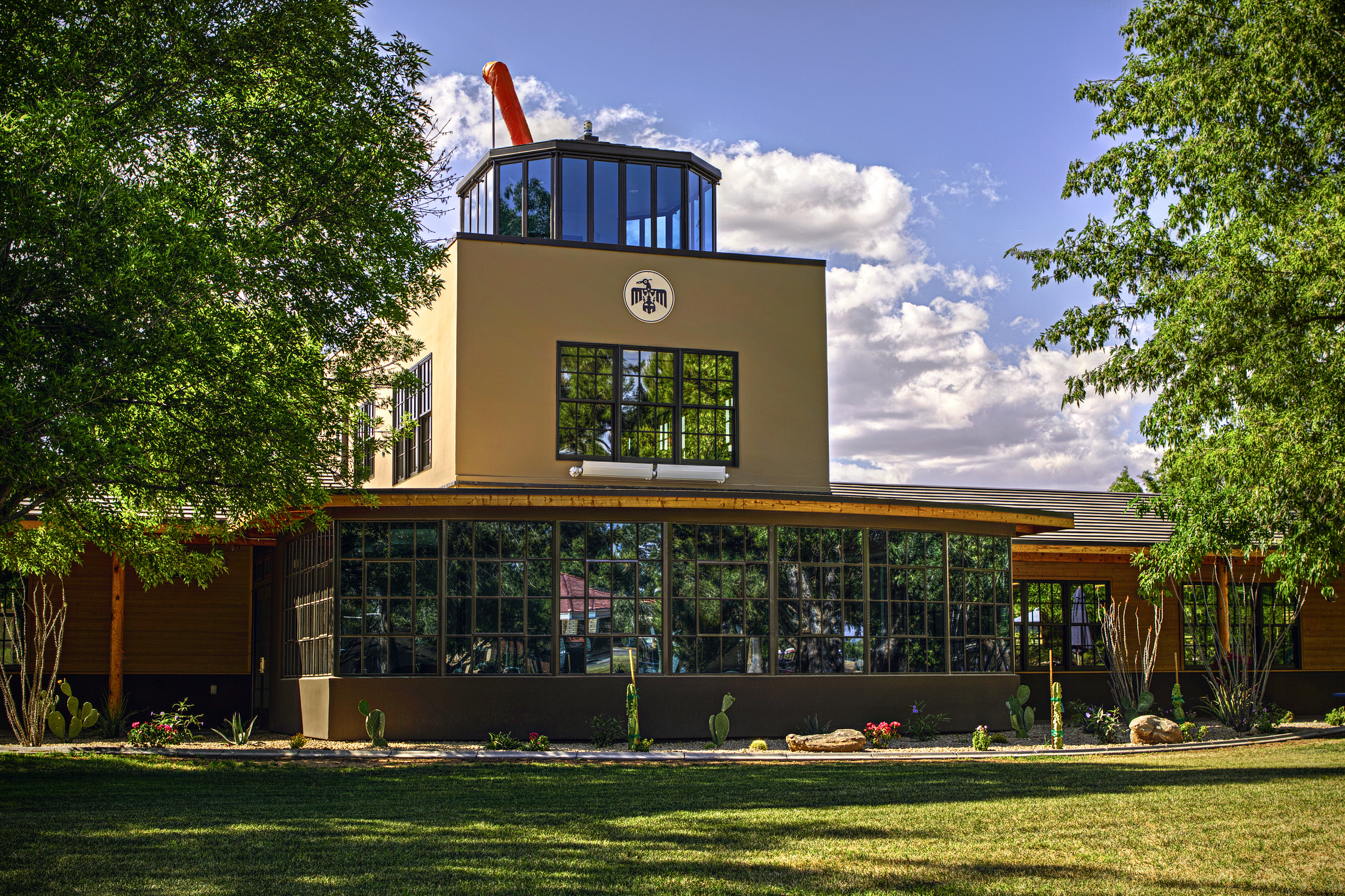 In war and peace, Thunderbird School is all business | ASU ...