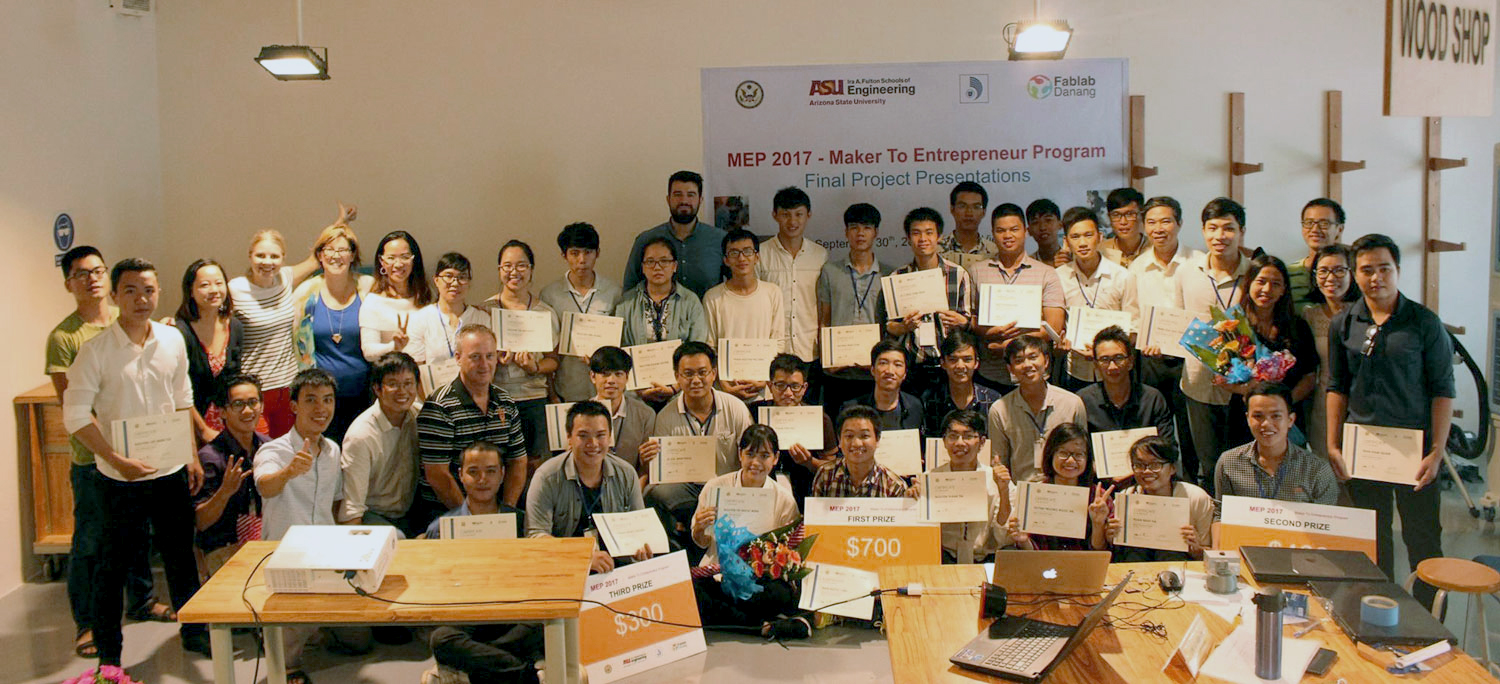 Seven teams competed in the final round of the Maker to Entrepreneur Program's competition in September 2017. The top three teams took home $1,400 in prizes. Photo courtesy of Thao Nguyen