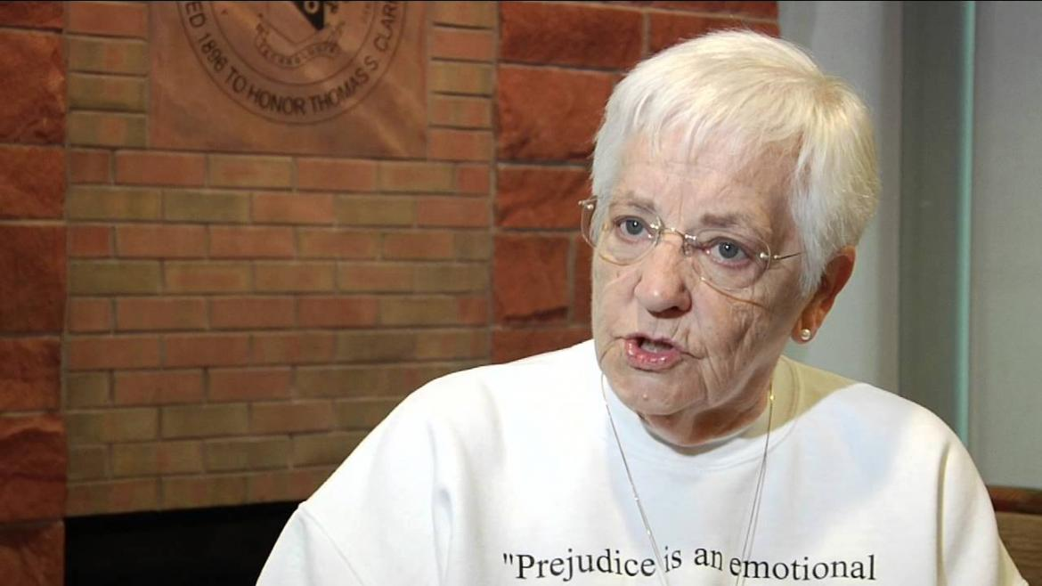 Jane elliott blue eyed brown eyed experiment