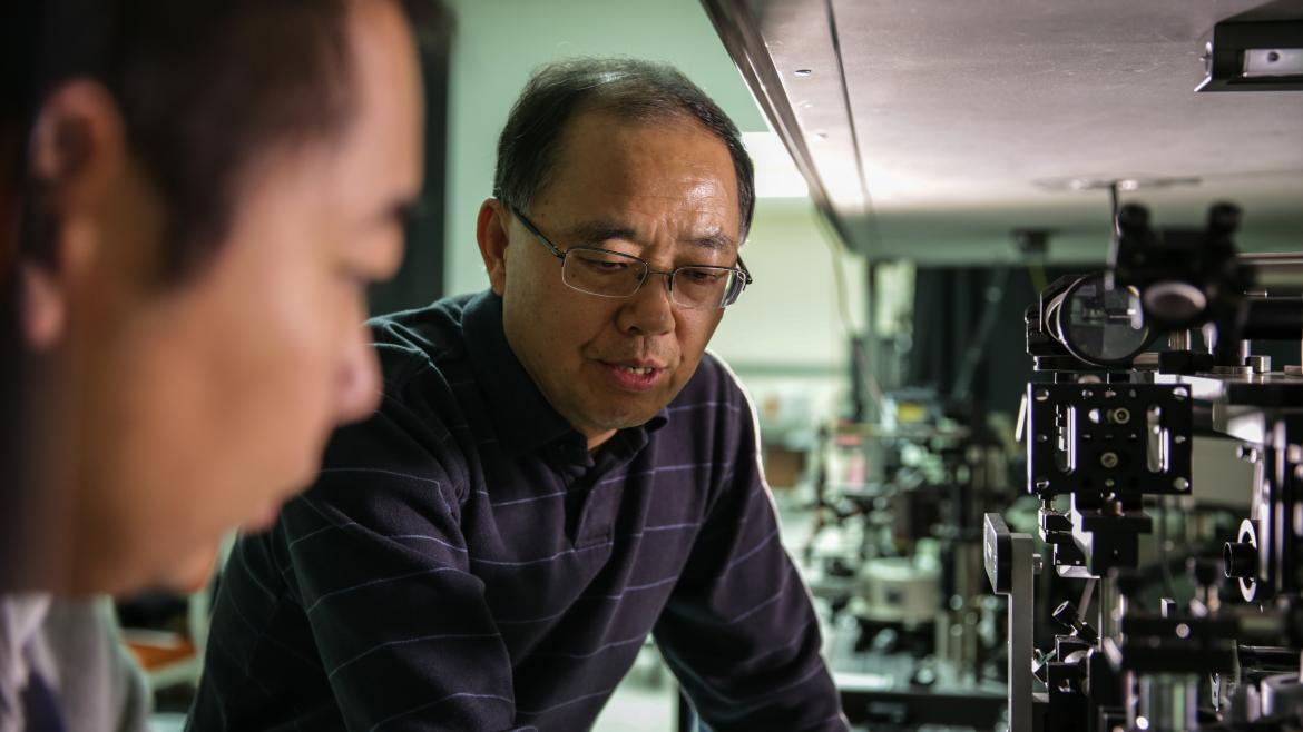 ASU engineering professor Cun-Zheng Ning in his lab