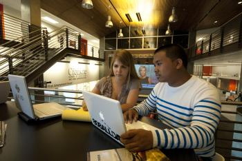 ASU students studying at the Cronkite School