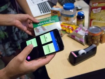 The Low Vision Food Management app was developed by computer engineering doctoral student and IGERT Fellow Bijan Fakhri, and computer science graduate students Jashmi Lagisetty and Elizabeth Lee to help their client manage food inventory.