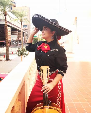 Desiree Figueroa mariachi