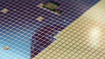 photo of semiconductor silicon waffering