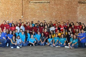 HOLA Partnership volunteers
