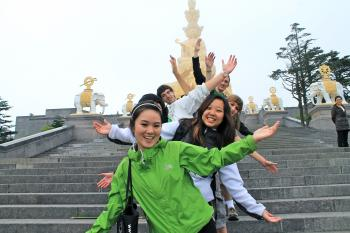 Students in China study abroad program