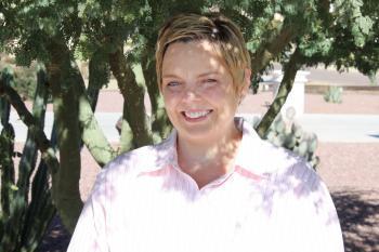 outdoor portrait of Jodi Preudhomme