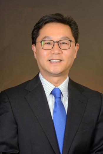 Kenro Kusumi, the associate dean of research and graduate initiatives for the College of Liberal Arts and Sciences