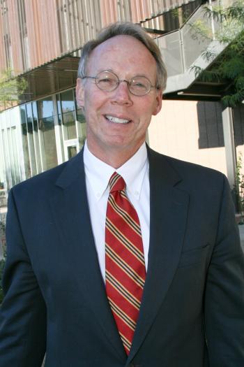 Keith Lindor, MD