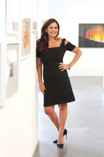 woman's portrait in art gallery