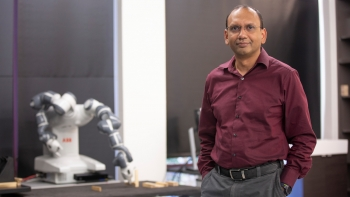 Siddharth Srivastava is working to equip AI for real-world tasks.