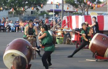 Japanese American students performing taiko