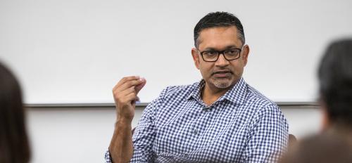 Ali Noorani speaks to an ASU audience