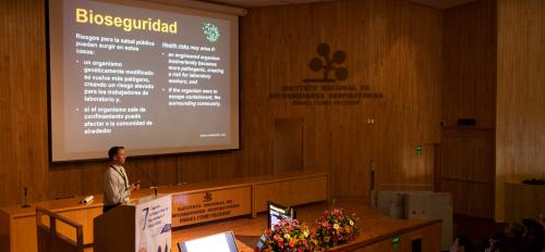 Biosafety briefing at Mexico City symposium