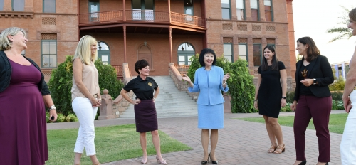 Christine Wilkinson speaks with class members of the ASU Leadership Institute and staff of the Alumni Association
