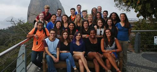 Cronkite sports journalism students at Sugarloaf Mountain in Brazil.