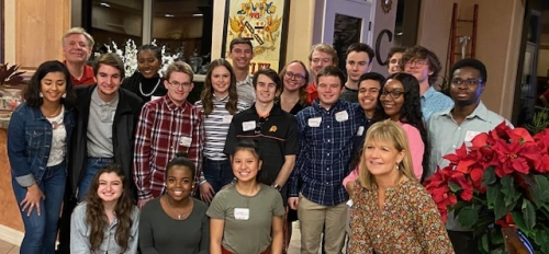 Cronkite School students enjoy Thanksgiving dinner with Dean Christopher Callahan