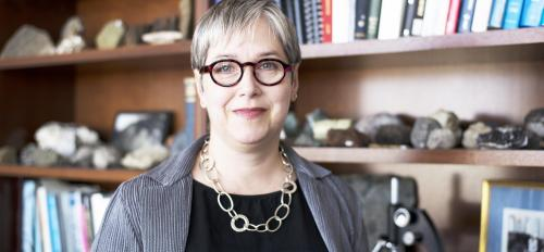 A photograph of Lindy Elkins-Tanton, Director of the School of Earth and Space Exploration