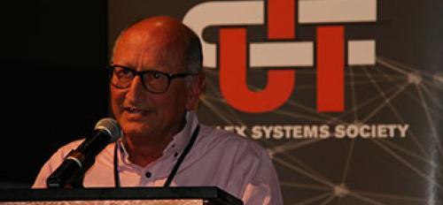 Maxi San Miguel receives CSS Senior Scientist 2015 Award