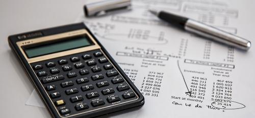 calculator, pen, budget