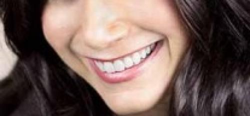 headshot of ASU alumna Gelie Akhenblit