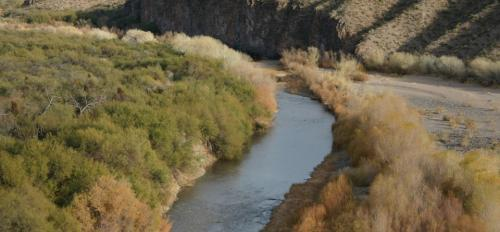desert-river