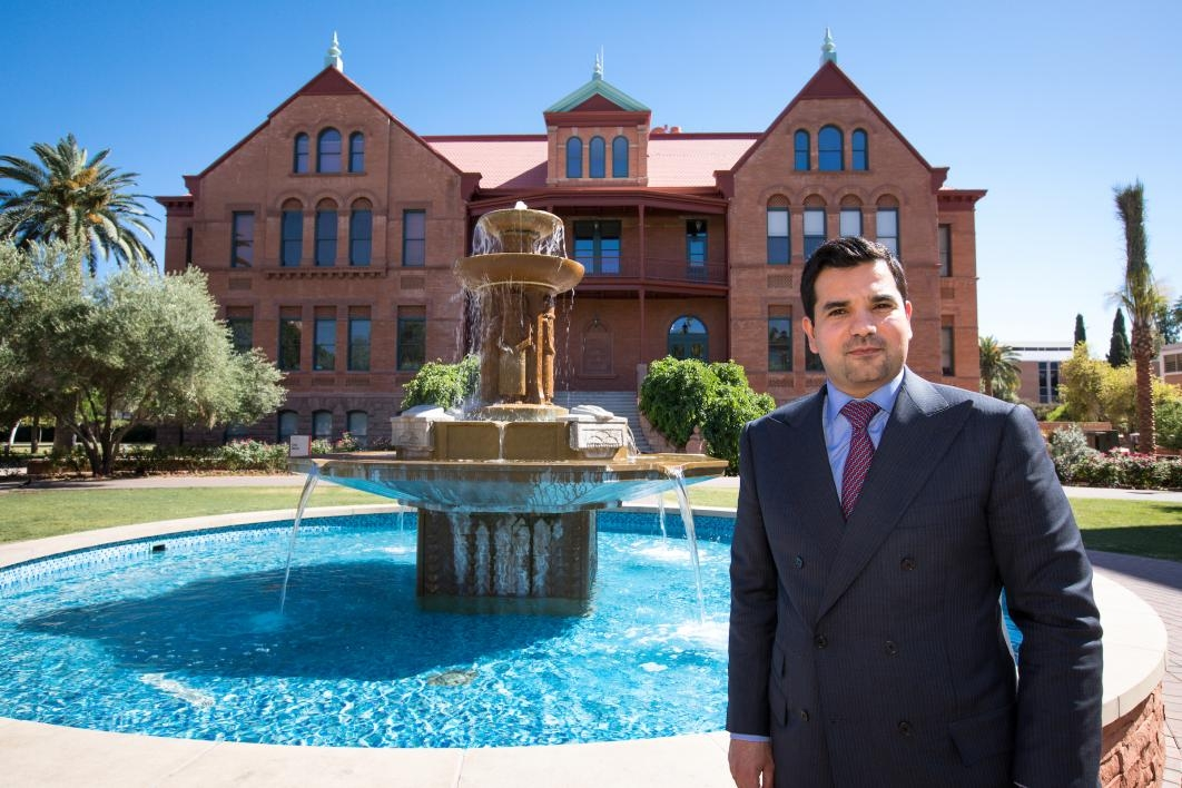 Qatar ambassador visits Old Main at ASU