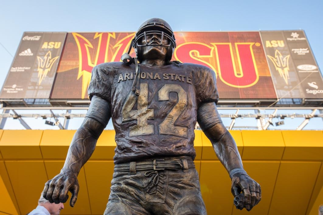 239ee124a94 Artist Jeff Carol Davenport created the pitchfork statue at the same time  as she was working on the statue of Pat Tillman