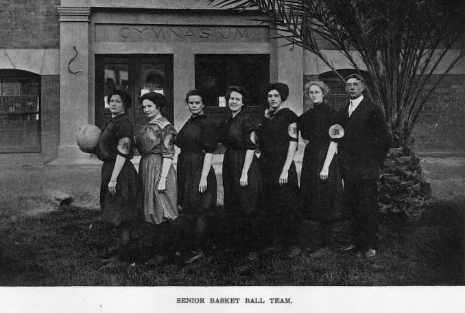1911 image of the ASU senior women's basketball team in the El Picadillo Yearbook