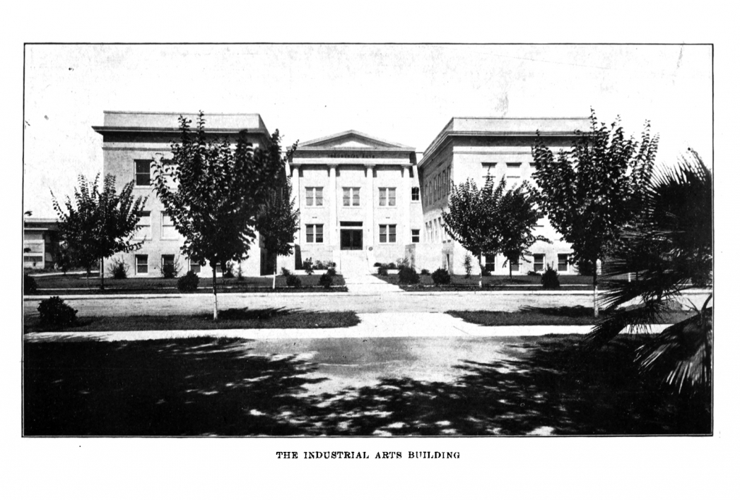1914 image of The Industrial Arts Building