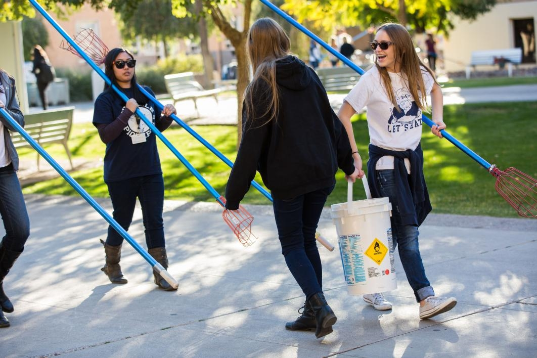 students bring back oranges