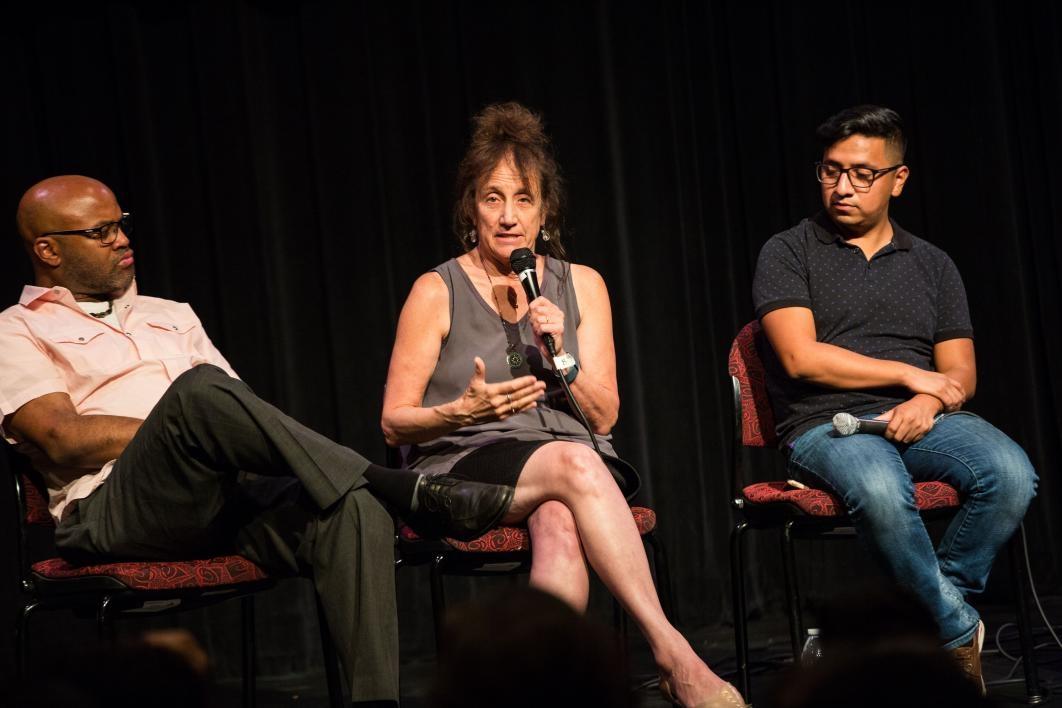 liz lerman speaks to audience