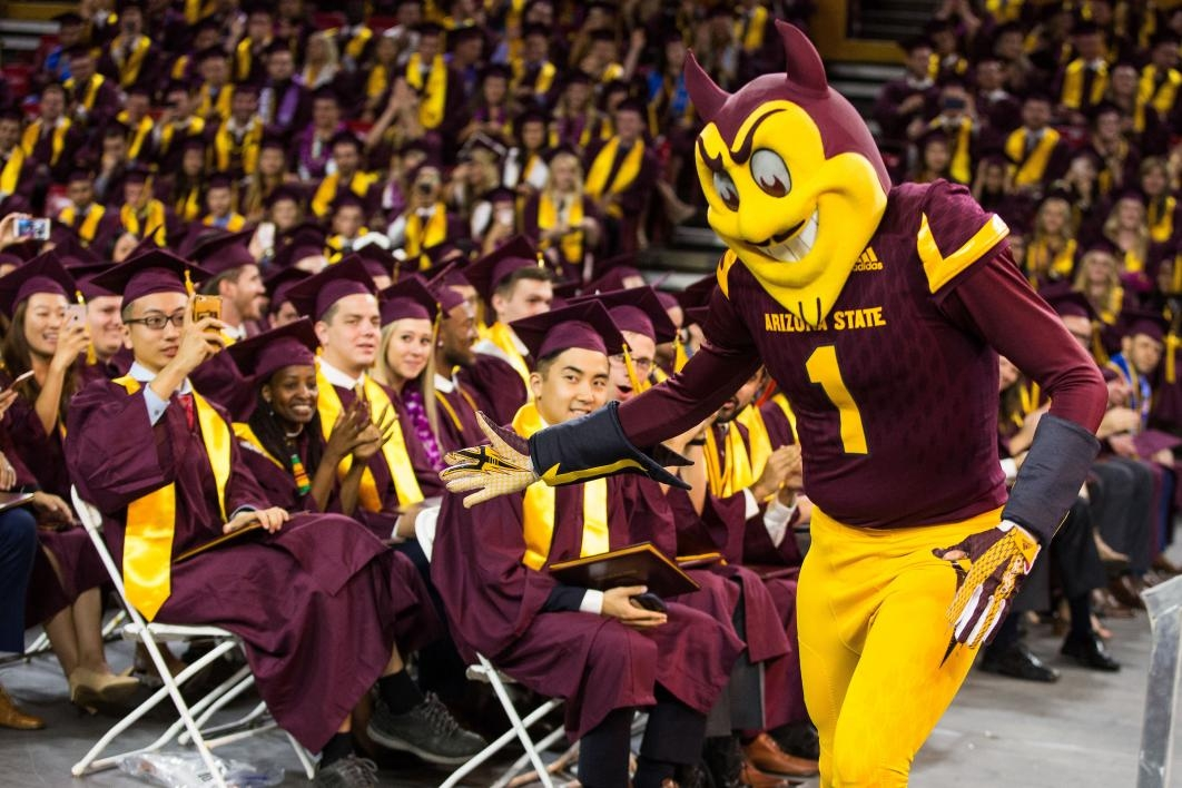 Sparky greeting grads