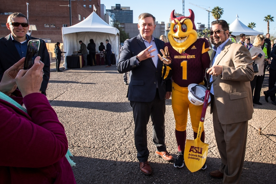 president crow and sparky