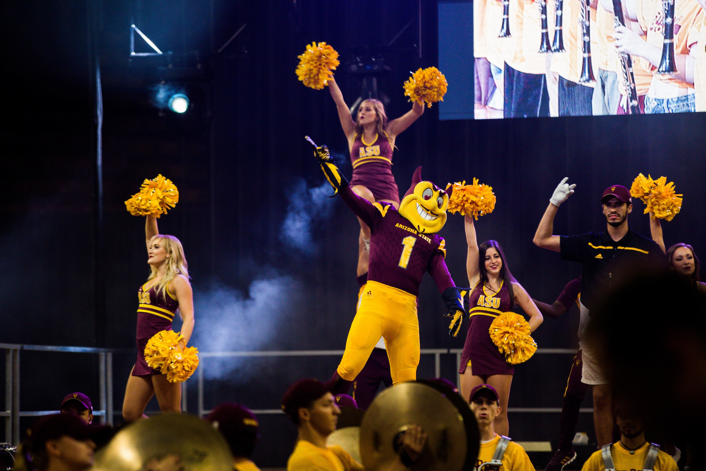 Sparky and cheerleaders cheer at Sun Devil Welcome