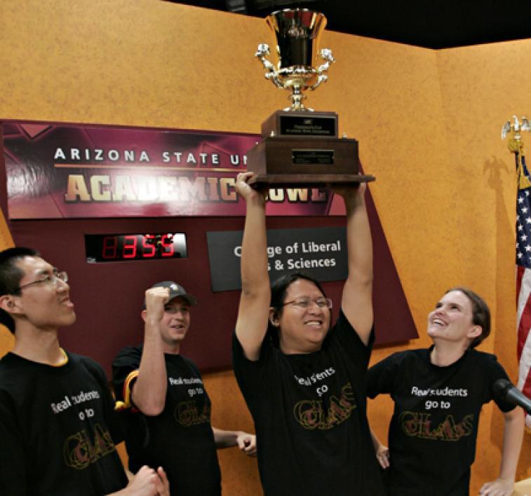 NCAA Arizona State ASU Size 9 Sun Devil/'s  Women/'s Scattered Logo Rain Boots
