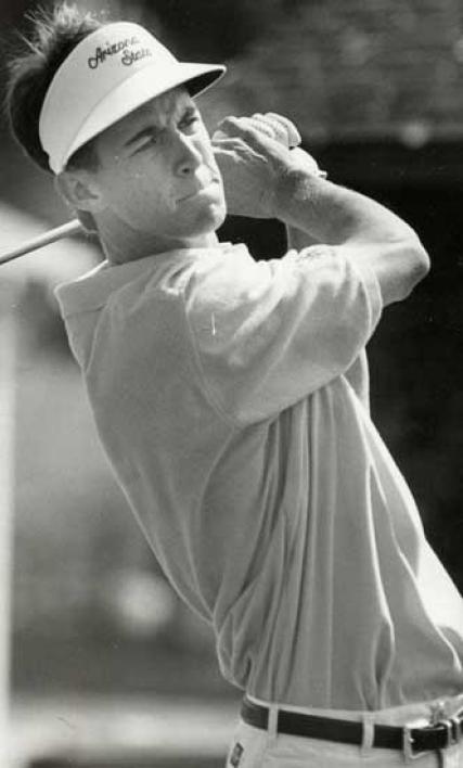 Todd Demsey golfing