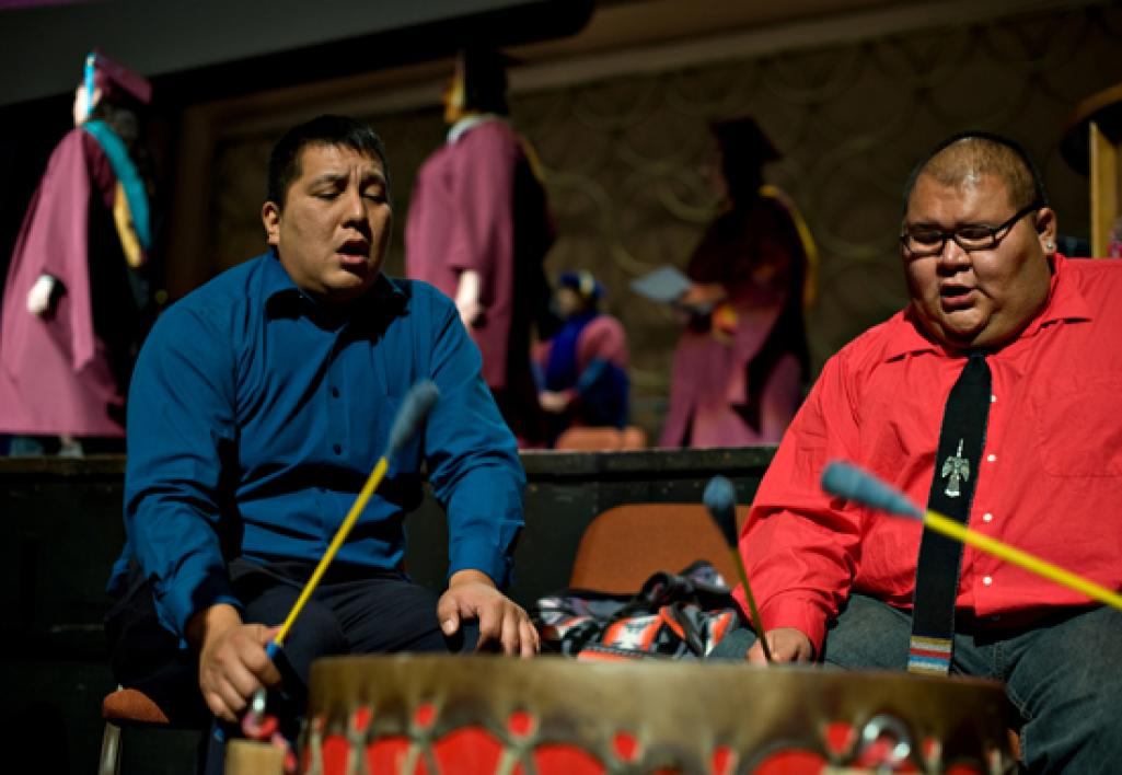 people drumming