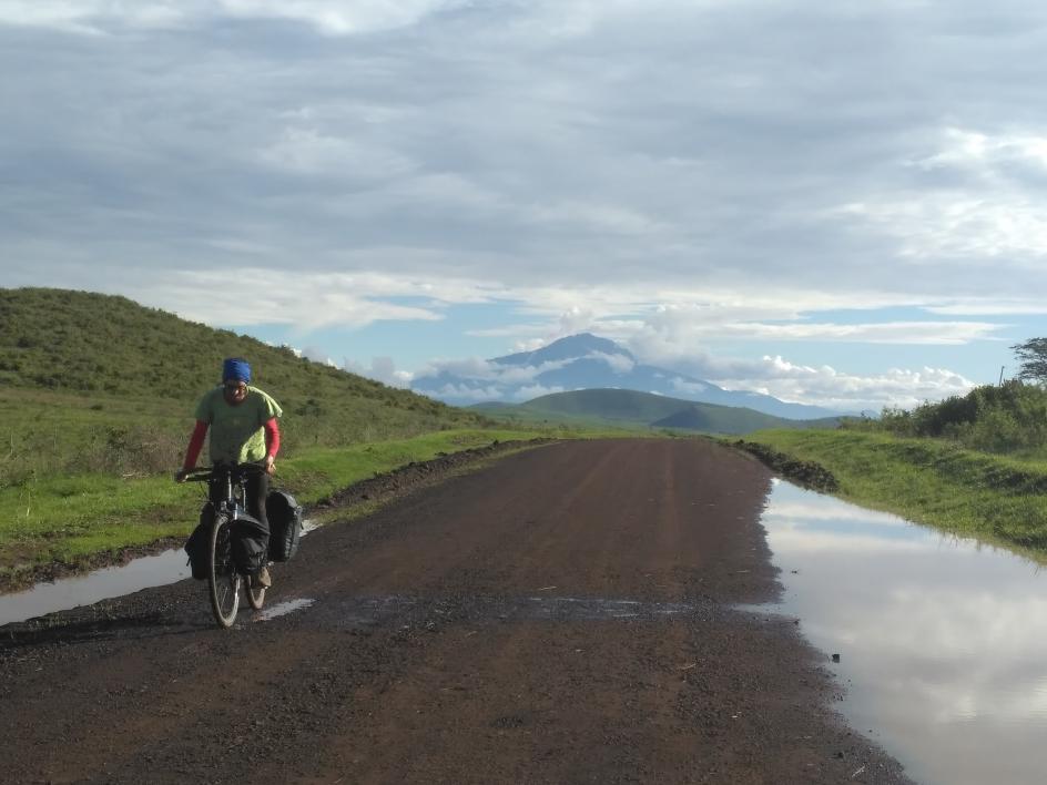 Lluis Sala 'bikepacking' across Africa