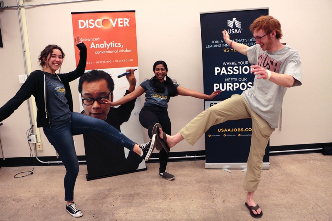 Janani Lakshmanan and her teammates celebrate at the end of DataFest