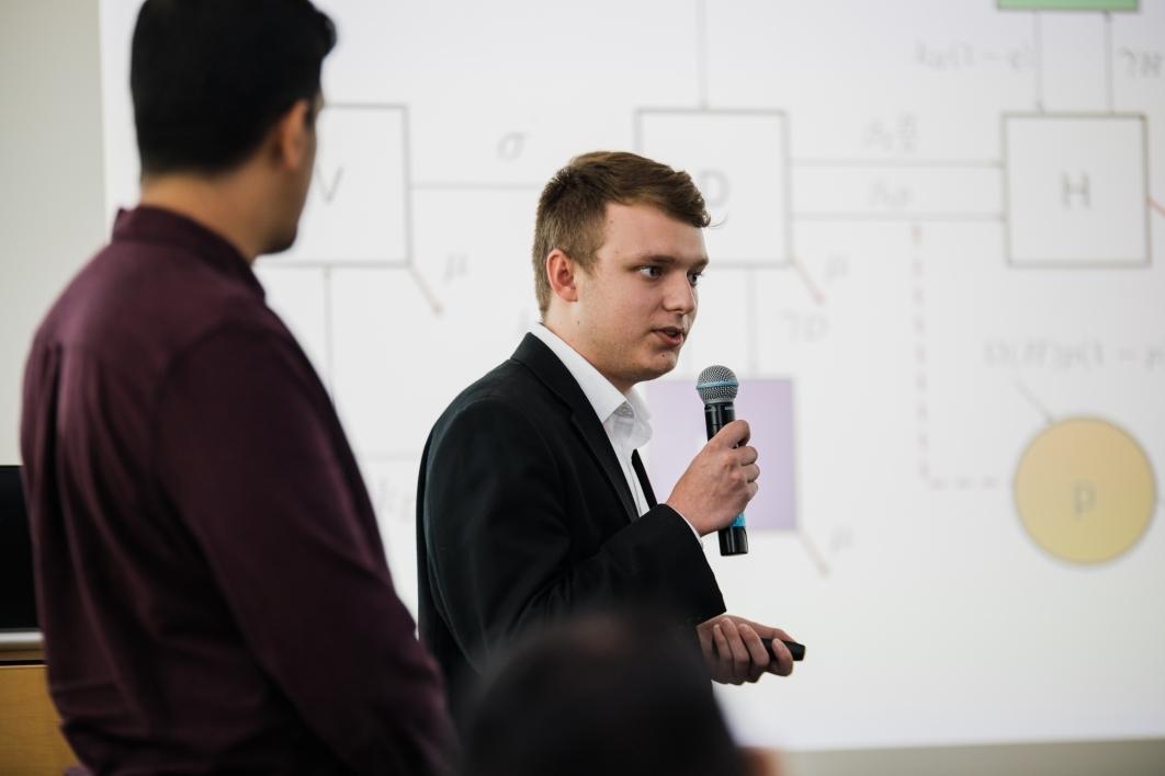 Jackson Carpenter makes research presentation at MTBI