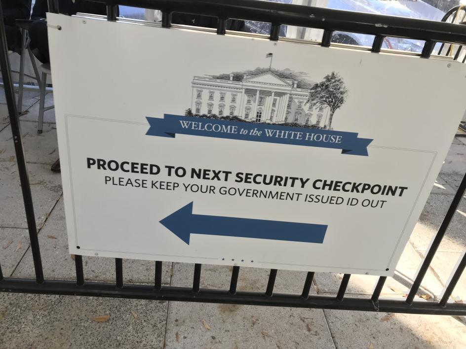 White House security sign