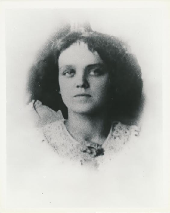 portrait of Agnes Smedley, 1911