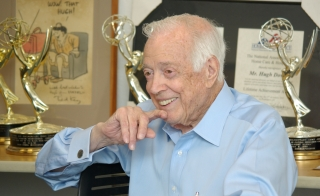 Broadcaster Hugh Downs donates collection to ASU