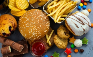 A high fat diet can increase the risk of colon cancer