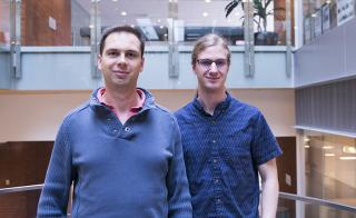 Assistant Professor Petr Sulc and Grad Research Assistant Erik Poppleton
