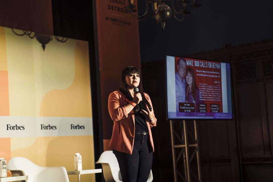 Reyna Montoya speaks at the Forbes 30 Under 30 Summit.