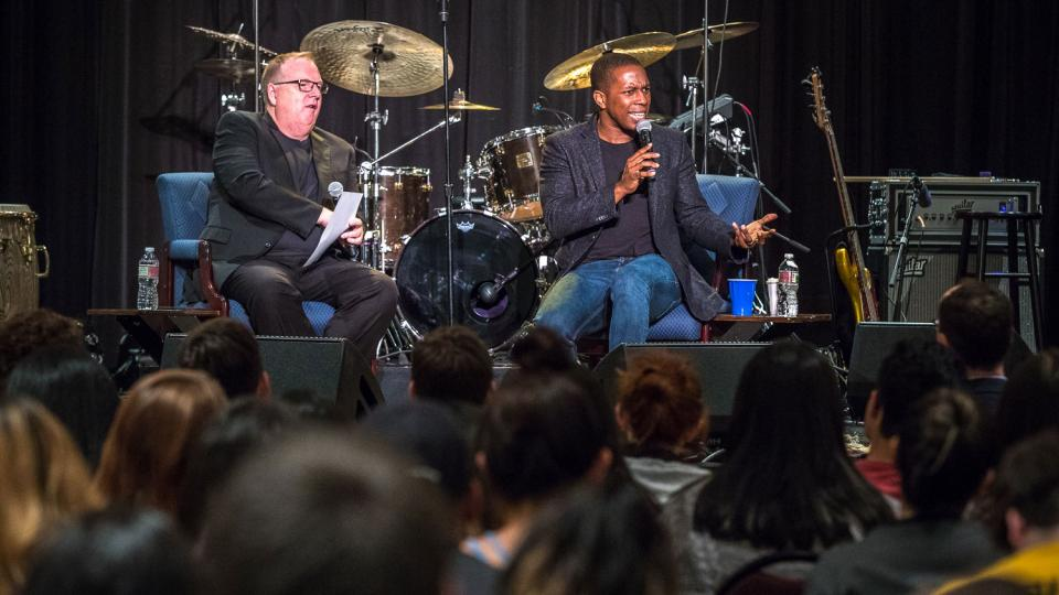 Leslie Odom Jr. speaks to students at ASU West