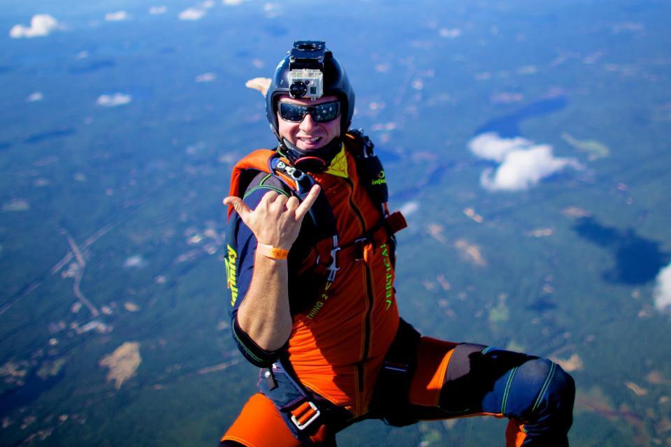 Rod Boden sky diving