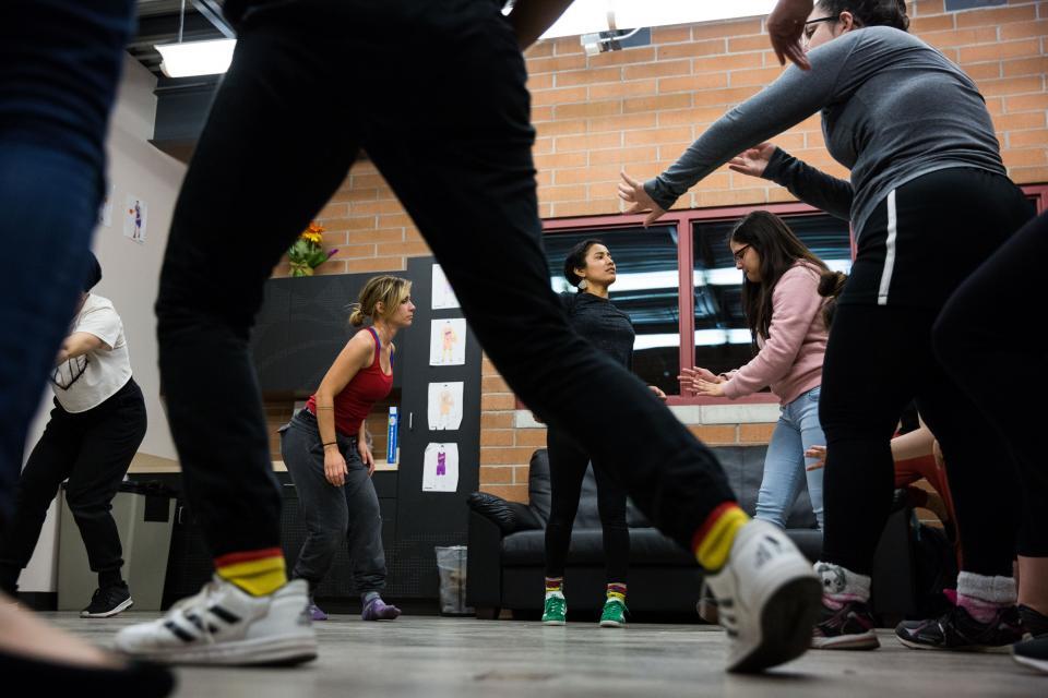 particpants dance